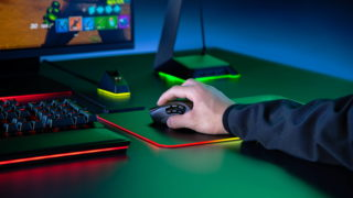 Razer lance sa nouvelle souris multifonctions, la Naga Pro